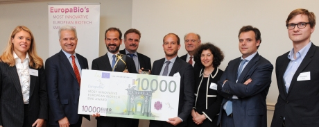 Jury members, winners and runners-up from last year's EuropaBio Most Innovative European Biotech SME Award (including BIA member Autifony)